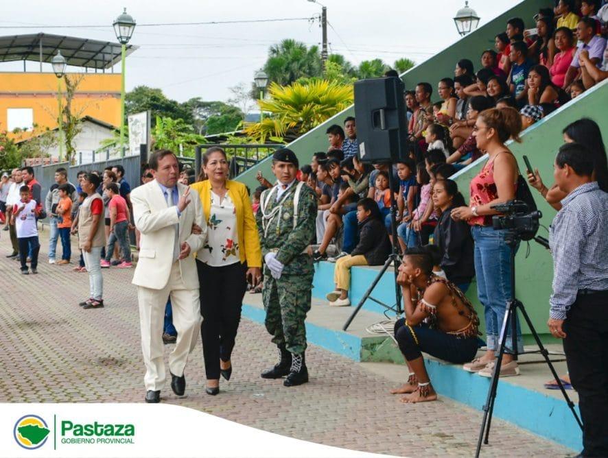 Prefecto Provincial celebra al Cantón Arajuno