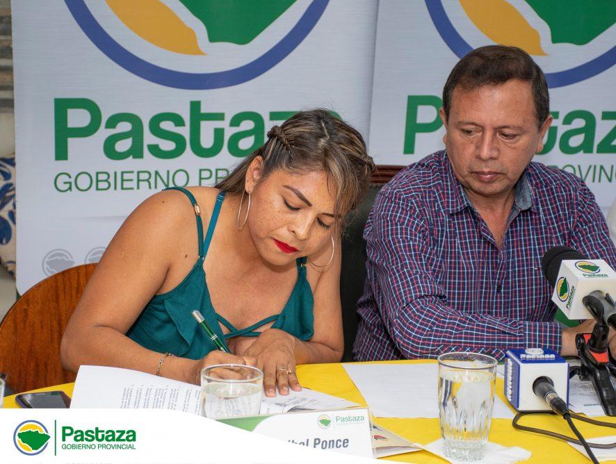 """Entrega de la Patente del Manejo de Vida Silvestre para el funcionamiento del Centro de Rescate y Rehabilitación """"Pastaza Selva Viva"""""""