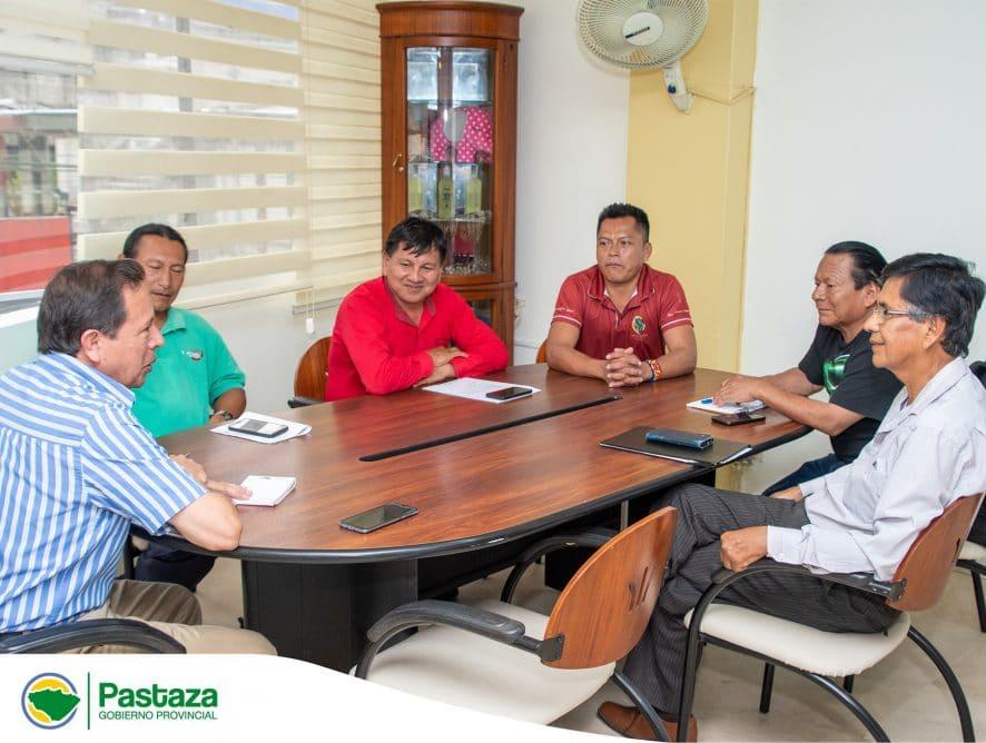 Prefecto Provincial mantuvo una reunión de trabajo con representantes de los Gobiernos Parroquiales Rurales de Sarayaku, Río Tigre, Montalvo, Río Corrientes y Canelos.