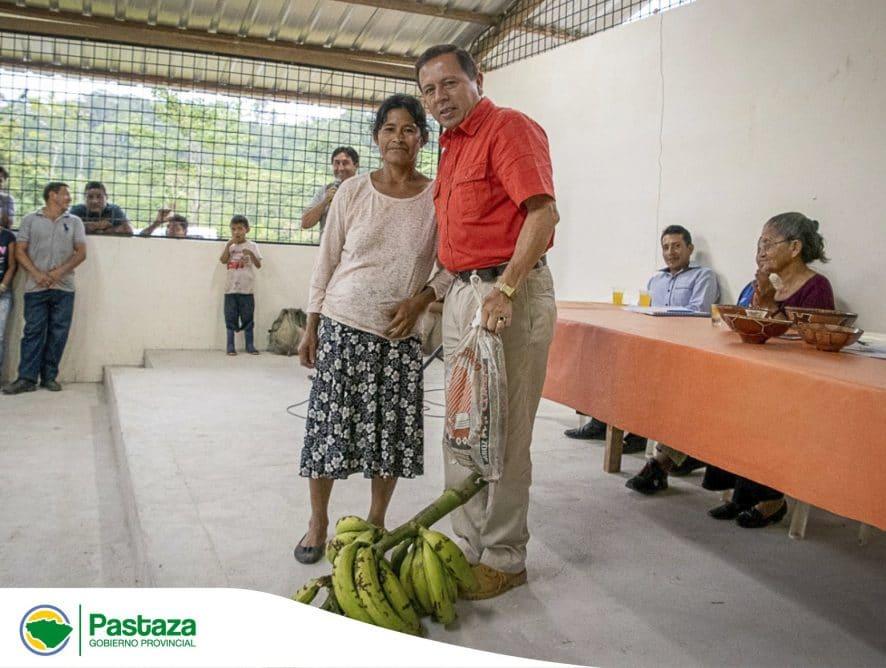 """Jaime Guevara Prefecto Provincial visitó la comunidad """"El Vergel"""" perteneciente a la Parroquia Simón Bolívar."""