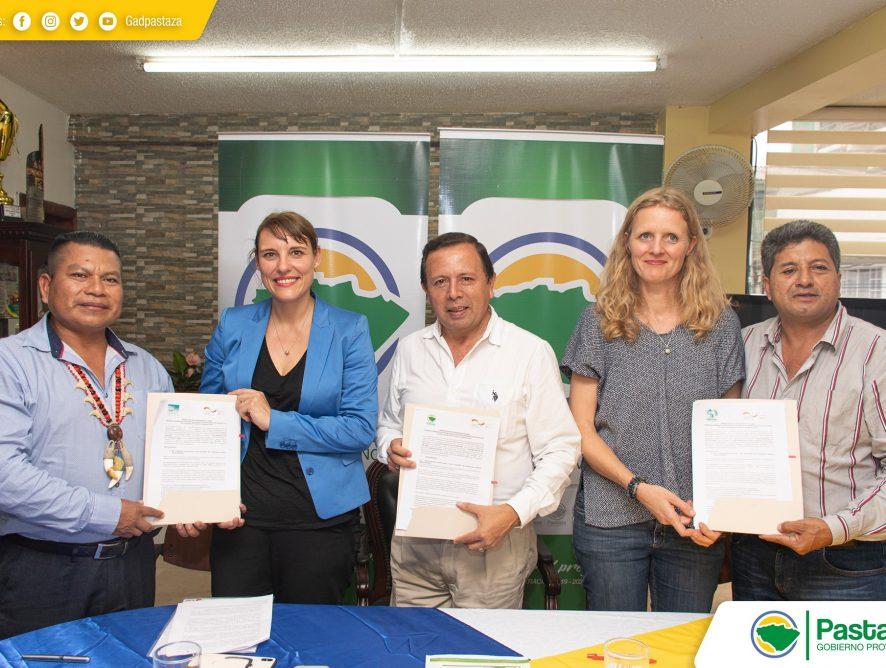 """Firma del """"Memorando de Entendimiento entre el Gobierno Provincial de Pastaza y GIZ (Cooperación Técnica Alemana)."""
