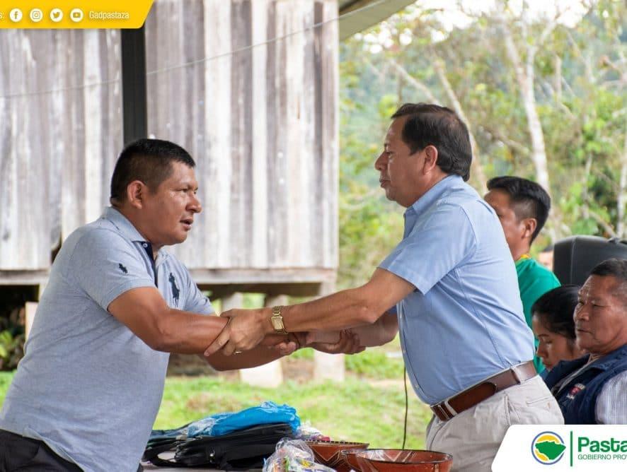 Jaime Guevara, Prefecto de Pastaza, mantuvo una reunión de trabajo con los moradores de la comunidad Chico Copataza.