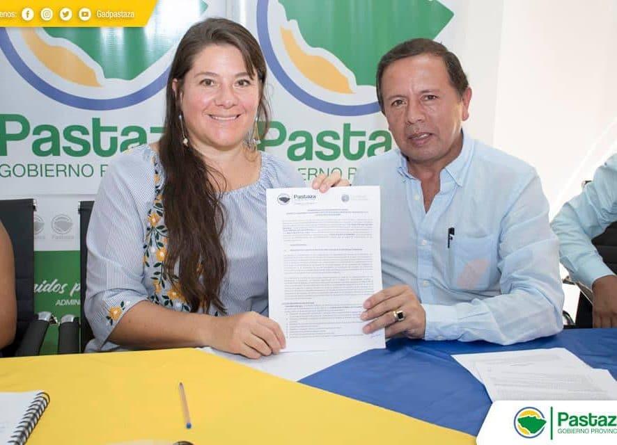 Firma de Memorando de Entendimiento (MdE) entre el Gobierno Provincial de Pastaza y la Fundación Pachamama.
