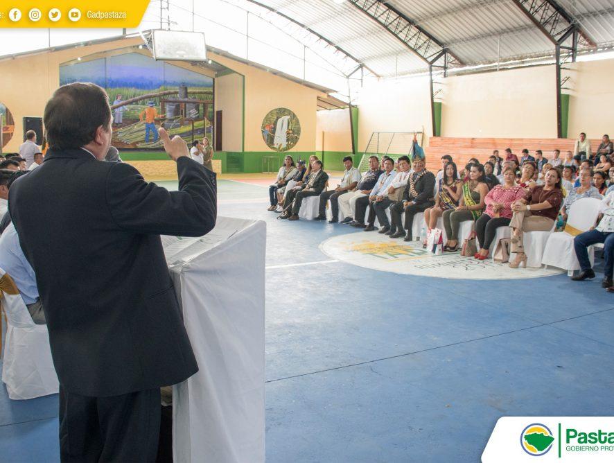 Prefecto Provincial participó del desfile y sesión solemne en conmemoración de los 65 años de parroquialización de Tarqui.