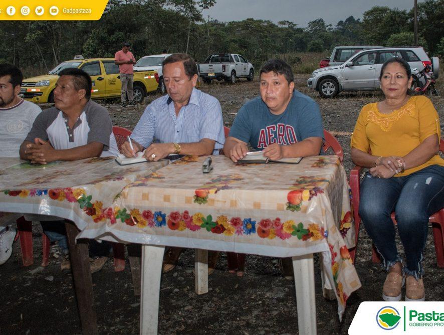 Reunión de trabajo con los moradores del sector Sicha Puma, parroquia Shell.