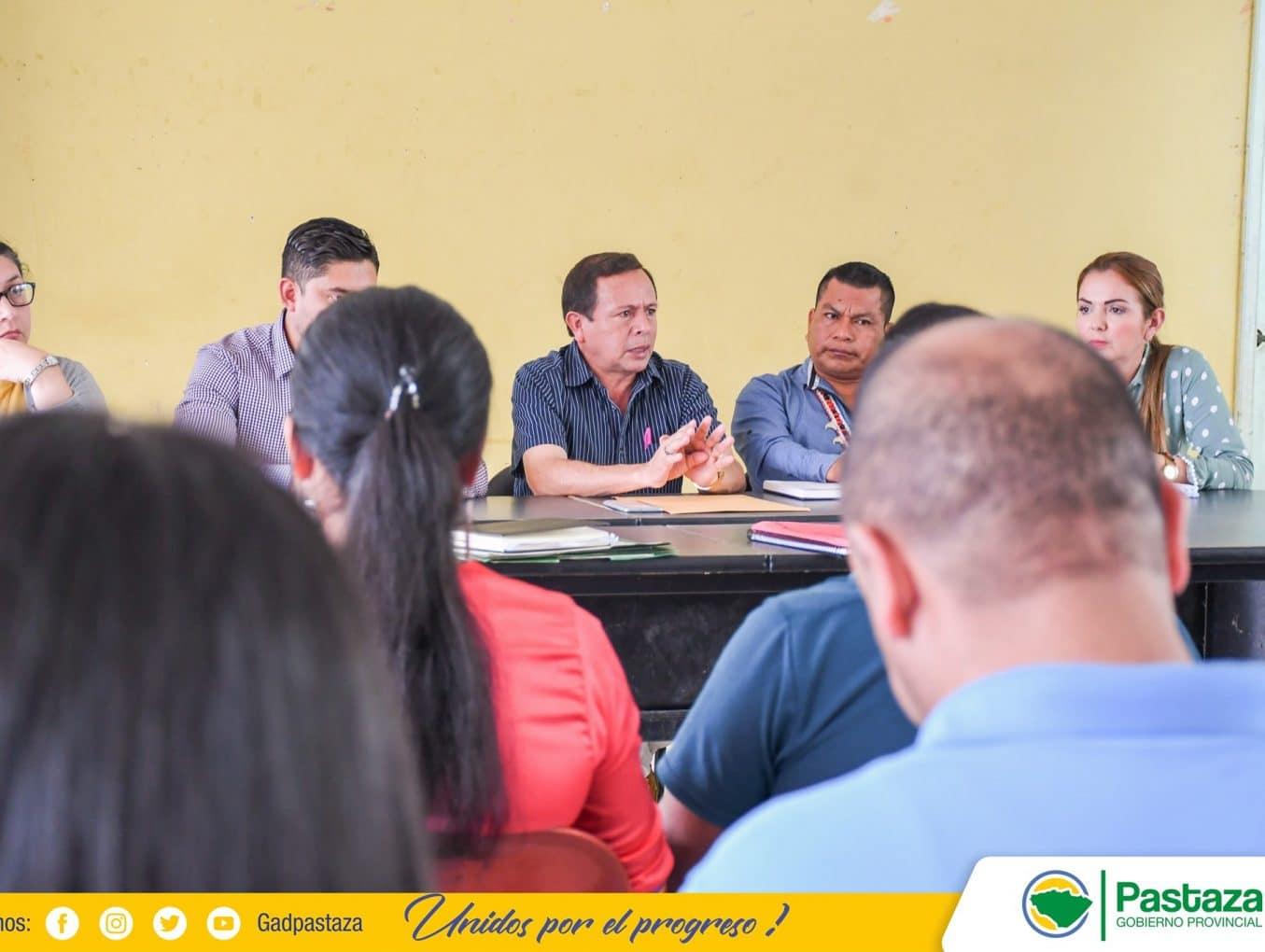 Jaime Guevara, Prefecto de Pastaza, participó de la reunión que se realizó en la sede de Acia.
