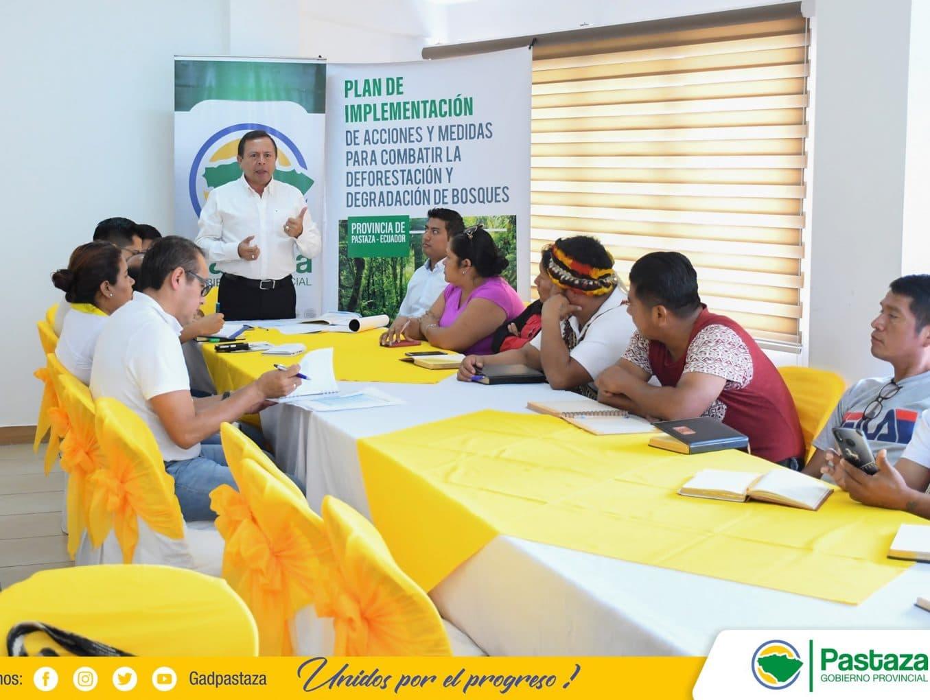 Reunión con la dirigencia de la Confederación de Nacionalidades Indígenas de la Amazonía Ecuatoriana CONFENIAE.