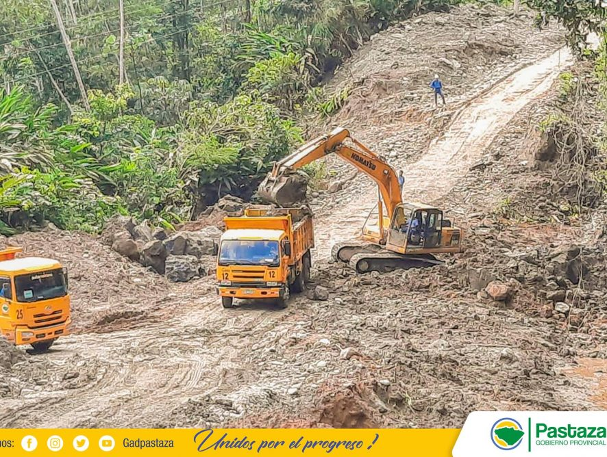 Gobierno Provincial de Pastaza, continúa con los trabajos de mantenimiento.