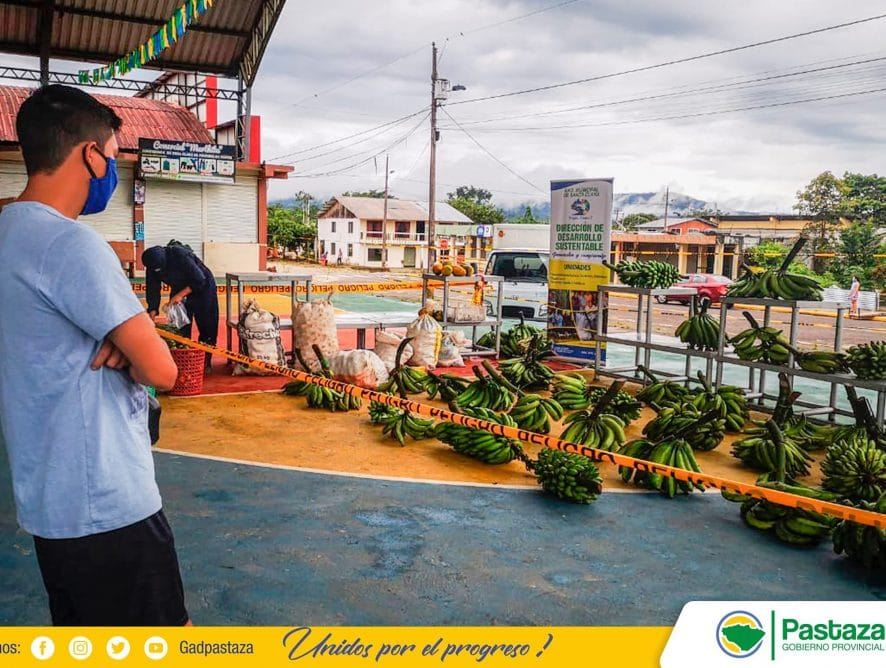 Comercialización de productos de la zona, permite dinamizar la economía de tres comunidades de Santa Clara.