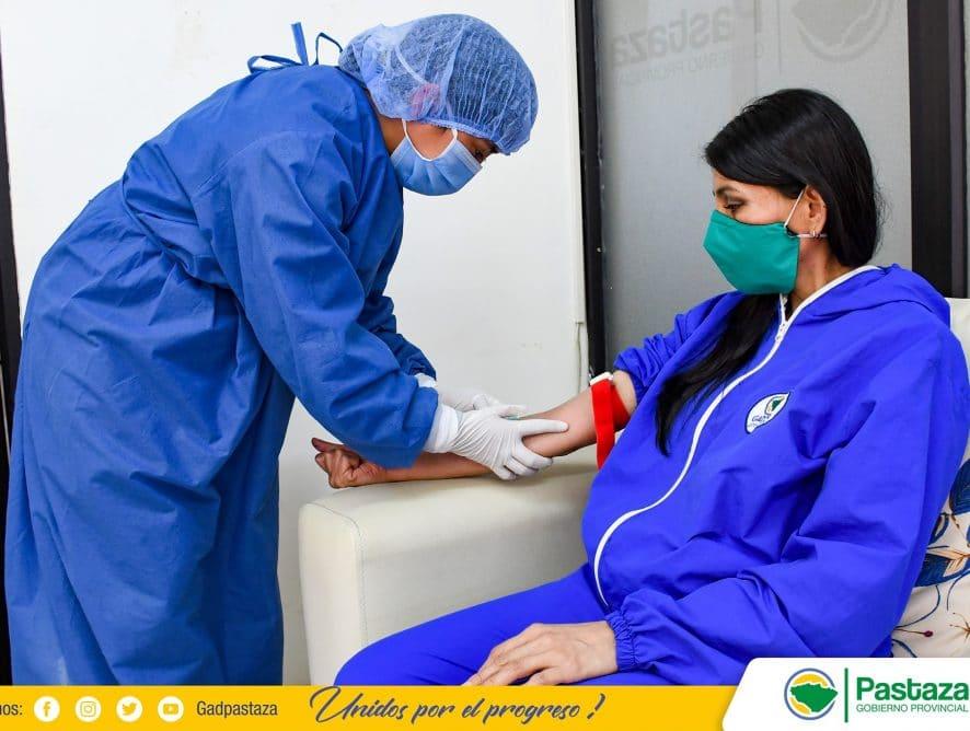 Personal de la Prefectura de Pastaza recibe atención médica preventiva.