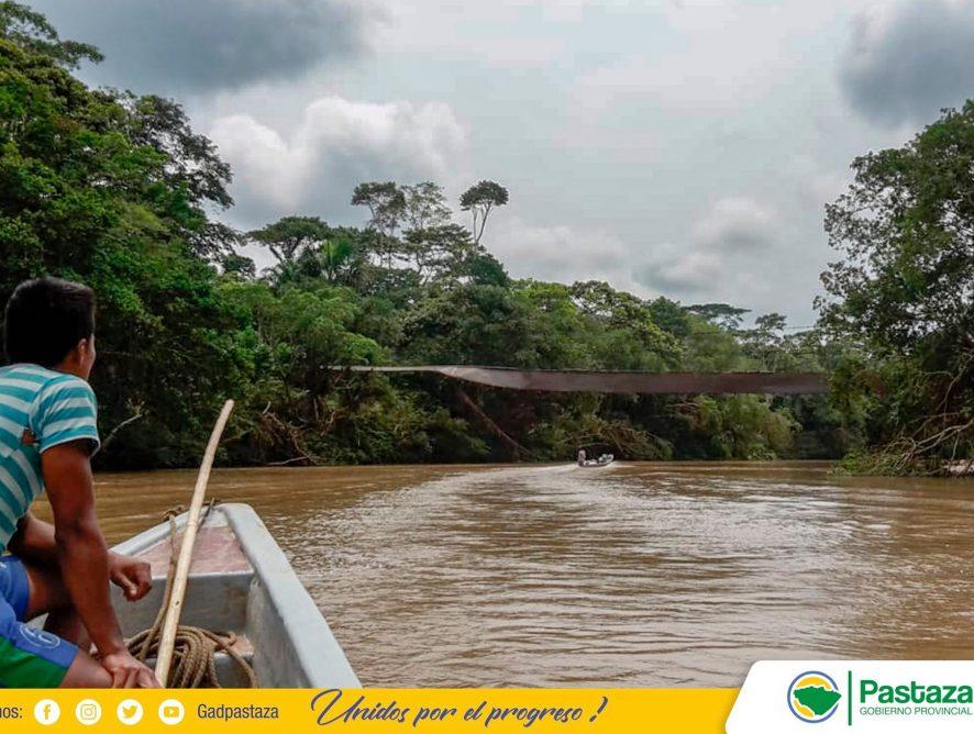 Prefectura de Pastaza apoya a comunidades afectadas por el desbordamiento del río Bobonaza.