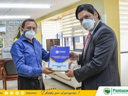 Prefecto recibe la visita del Gerente Regional del Banco de Desarrollo del Ecuador B.P.