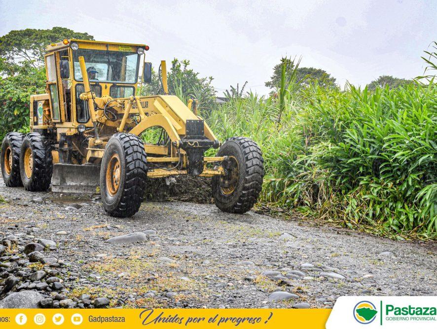 Realizamos mantenimiento vial en la parroquia Veracruz.