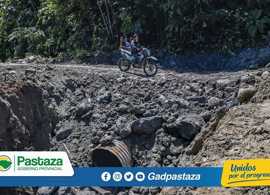 Instalación de alcantarilla en la vía El Triunfo-Villano-Paparawa!
