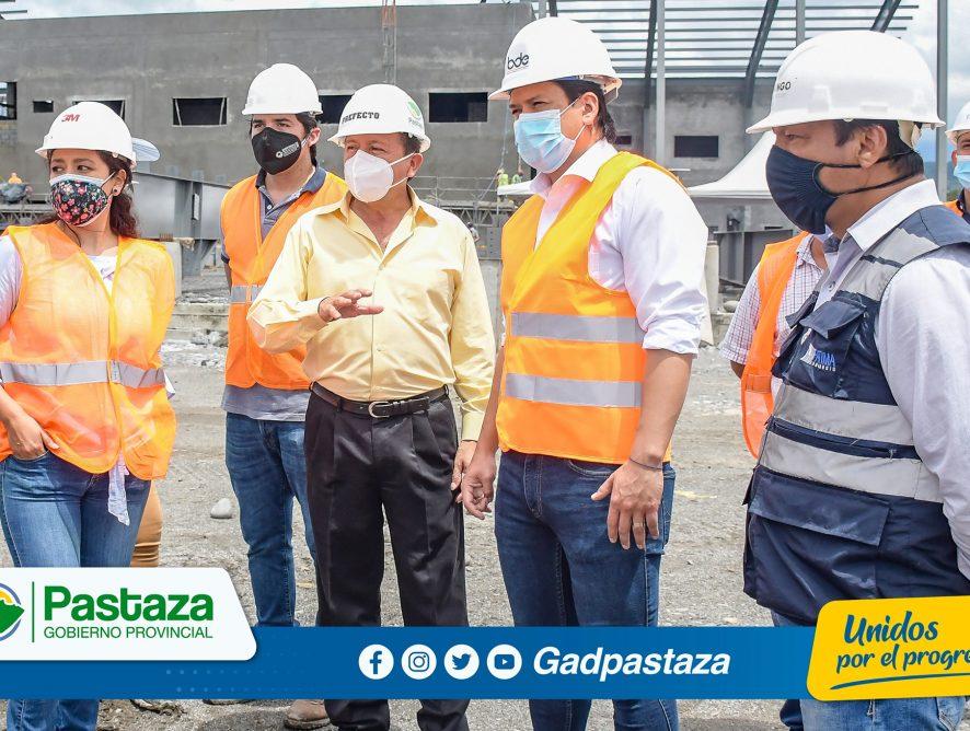 ¡El Prefecto de Pastaza junto al Gerente Zonal del BDE visitaron obras financiadas por la entidad!