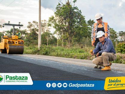 ¡Inicio la colocación de asfalto en la vía San Ramón-Km.31 vía a Tena!