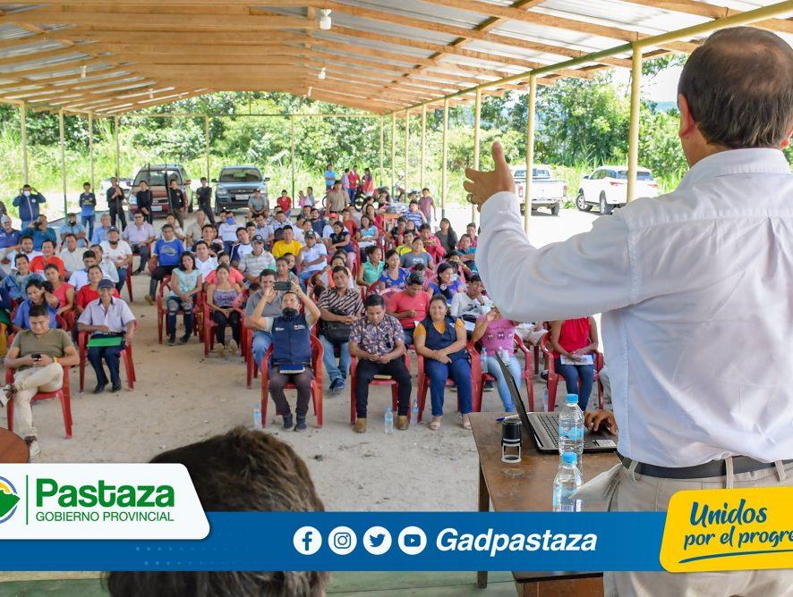 ¡Prefecto participó en reunión convocada por el GAD Parroquial de Canelos!