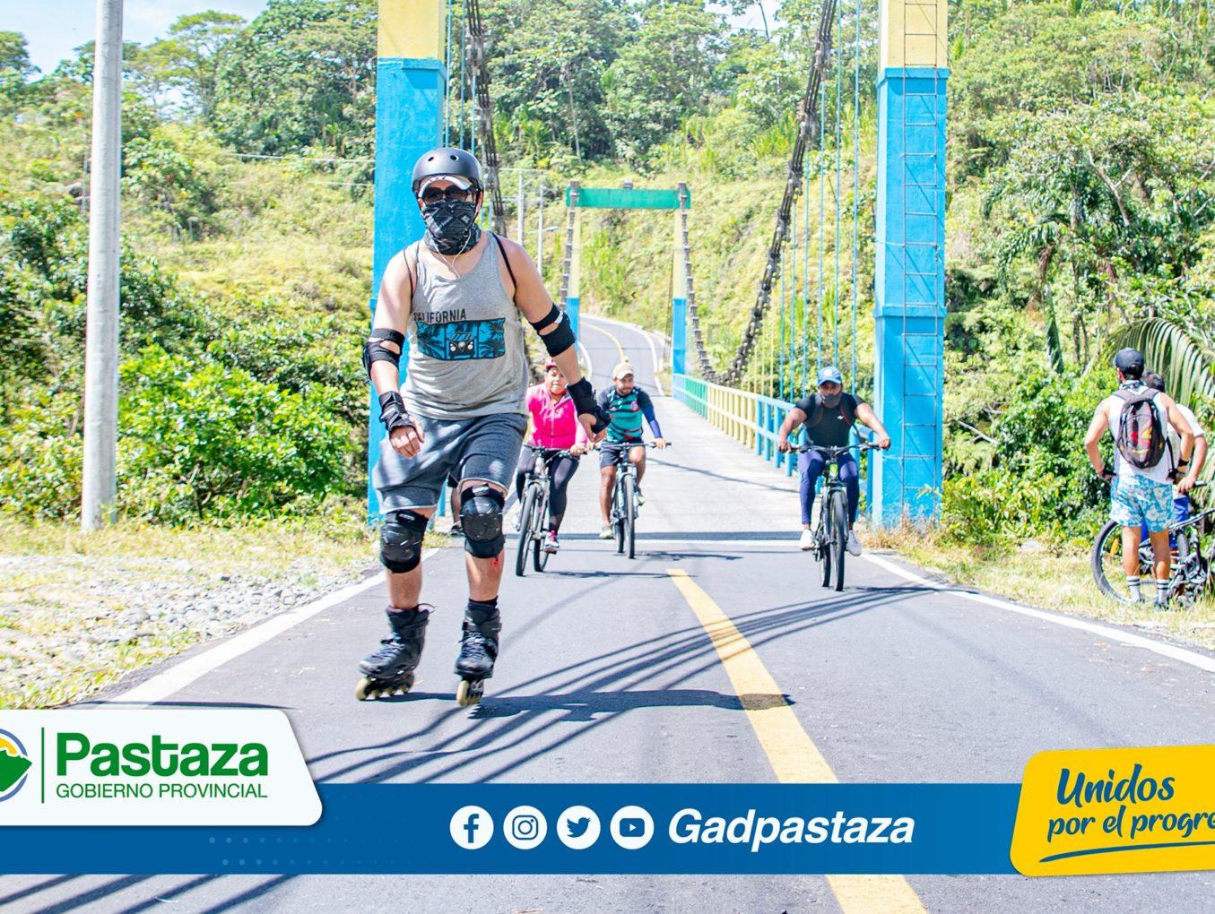 ¡Motivados por el ciclopaseo, más de 300 personas participaron de la Ruta a la 10 de Agosto!