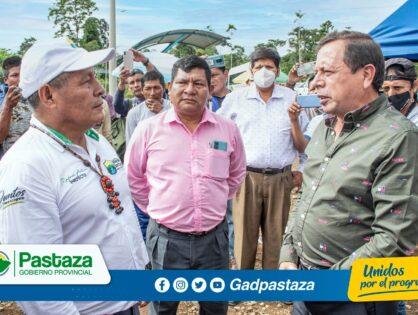 Prefectos de Pastaza y Morona Santiago se reunieron en la parroquia Simón Bolívar