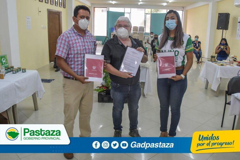 Manual de Imagen Corporativa y Página Web de Ecotienda Huella Pastaza fue entregada