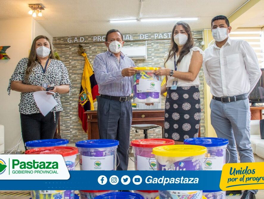 ¡Kits de higiene personal entregó el Prefecto a la Fiscalía!