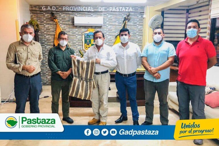 Prefecto se reunión en su despacho con representantes de Naturaleza y Cultura Internacional Ecuador