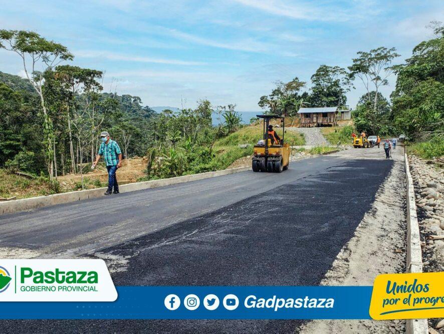 ¡Continuamos con trabajos de mantenimiento de la vía a Canelos!