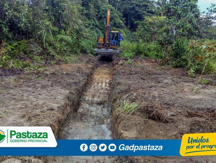 ¡Se recuperan suelos anegados en varios sectores del cantón Mera!