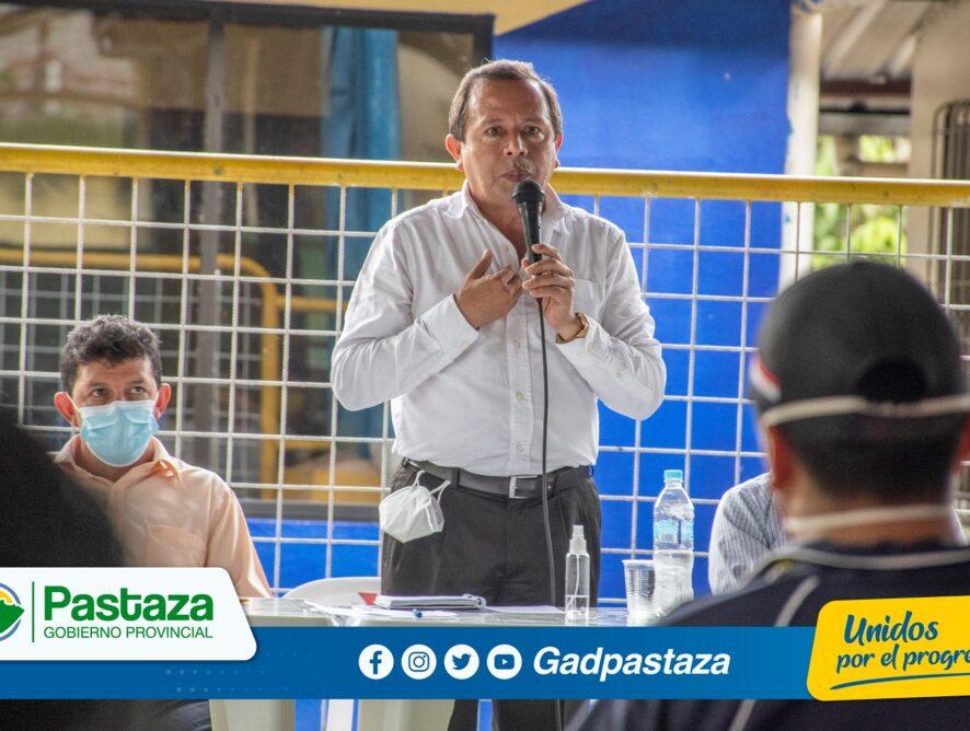 ¡Prefecto participó de reunión de trabajo en la parroquia Tnte. Hugo Ortíz!