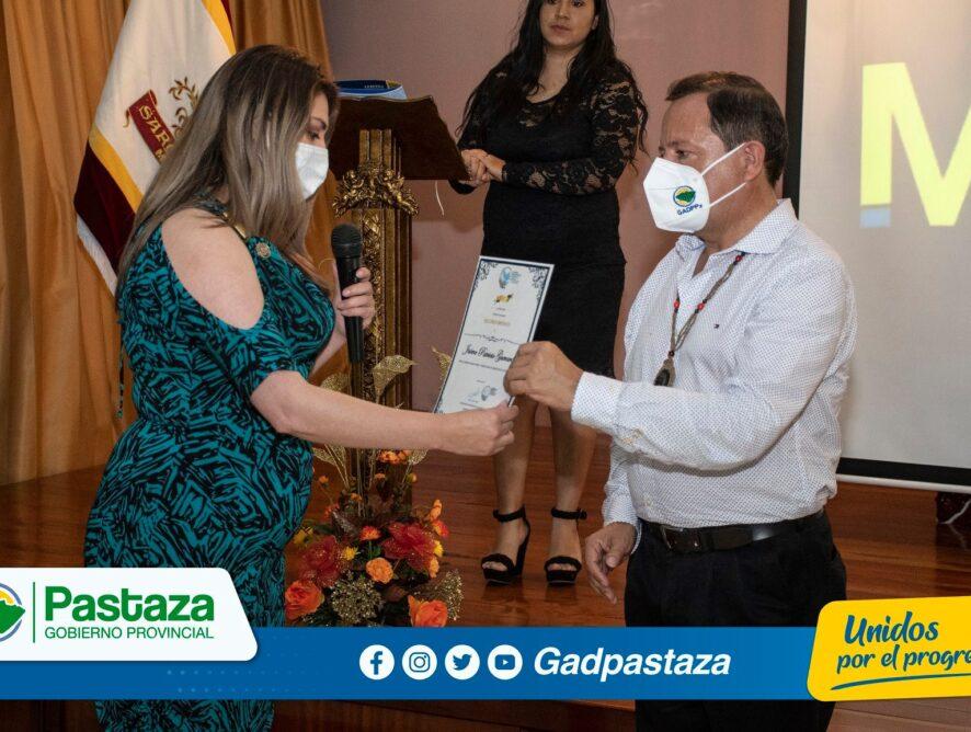 ¡Prefecto recibió reconocimiento de la CIDHPDA por labor humanitaria!