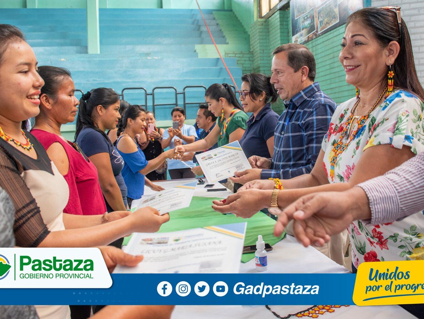 ¡Prefecto participó de actividades realizadas por el Patronato en el cantón Arajuno!