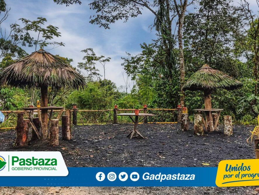 ¡Construimos el balcón de la laguna Yanacocha en Pindo Mirador!