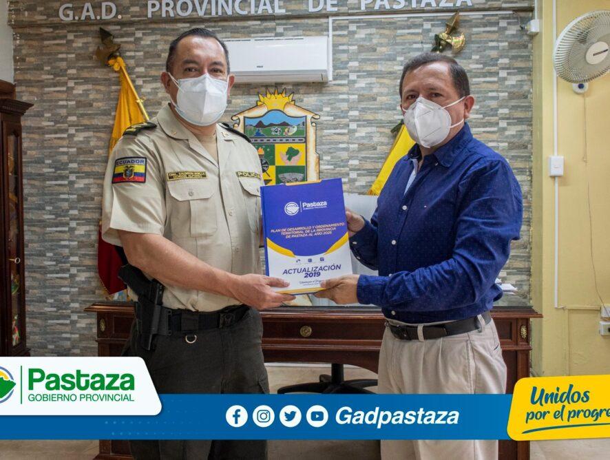 ¡Nuevo Comandante de la Subzona Pastaza visitó al Prefecto en su despacho!