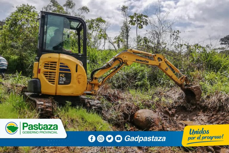 ¡Se implementan sistemas de drenaje en la parroquia Simón Bolívar!