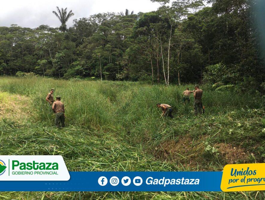 Minga de limpieza y reforestación se realizó en el río Sandalias.